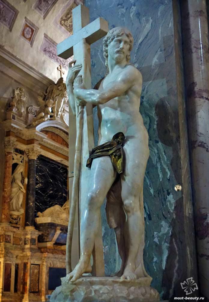 Самые необычные статуи Иисуса Христа: Воскресший Христос Микеланджело