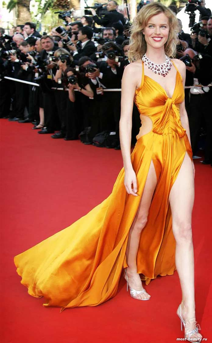 Ева Герцигова и её самые длинные ноги