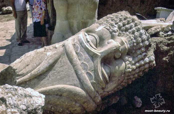 Гробница Ионы