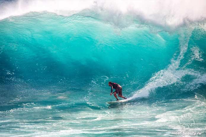 Серфинг - одна из причин чтобы побывать в Папуа-Новой Гвинее. CC0