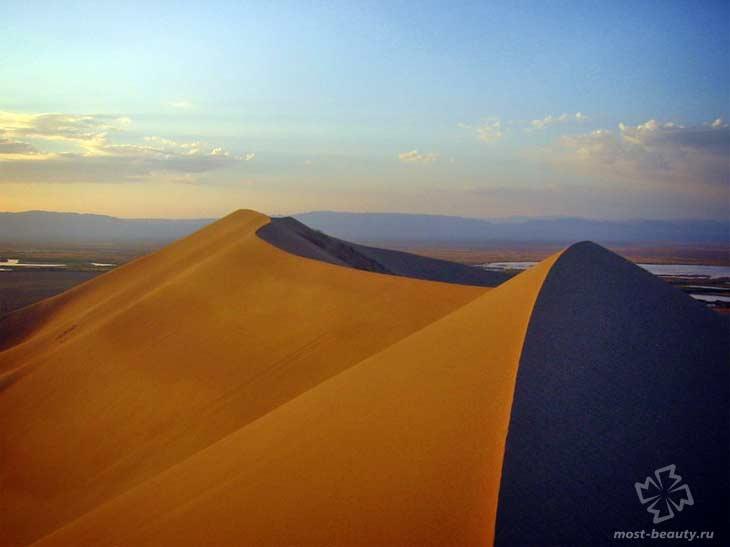 Пение песчаных дюн