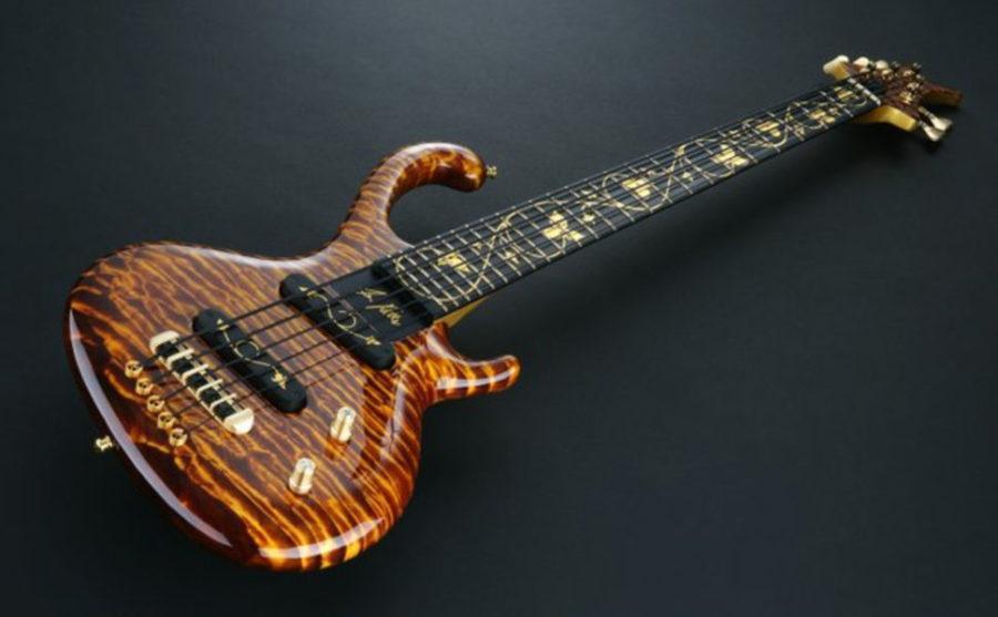 Бас-гитара «Флора Аурум»